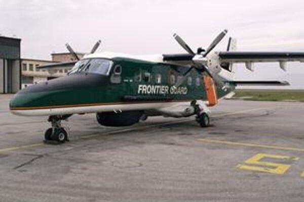 Lietadlo Dornier Do-228-212. Lietadlo, patriace fínskej pohraničnej stráži, sa vracalo z misie FRONTEX.