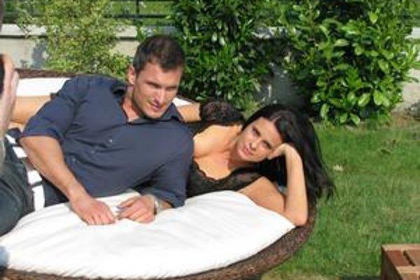 Nový sexidol. Hviezda seriálu Keby bolo keby Jano Koleník zatiaľ partnerku nemá, páčia sa mu prirodzené ženy.