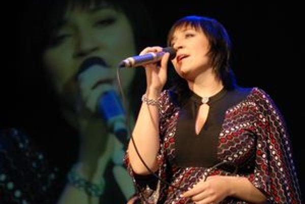 Katka Koščová dnes zaspieva vranovskému publiku.