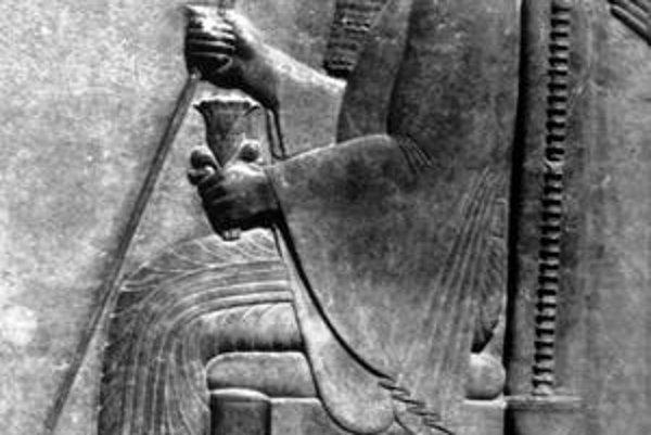 Perzský kráľ Xerxes. O jeho 5-ročnej príprave vojny proti Grékom poslal prvú tajnú správu Grék žijúci v Perzii - Demaralos.