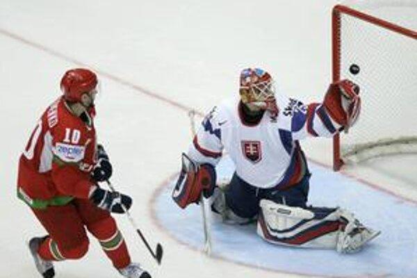 Rozhodujúci gól. Takto po nájazde prekonal Lašáka Antonenko.