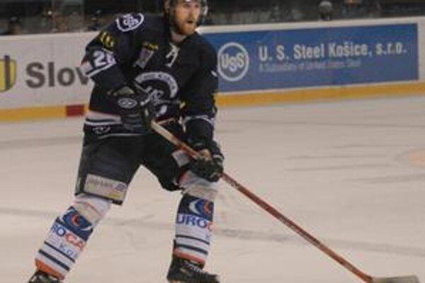 Maród. Obranca HC Michal Grman je po operácii ramena.