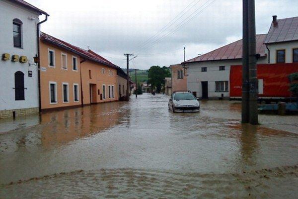 Aj takto to v Ľubici vyzeralo pri povodni v roku 2010.