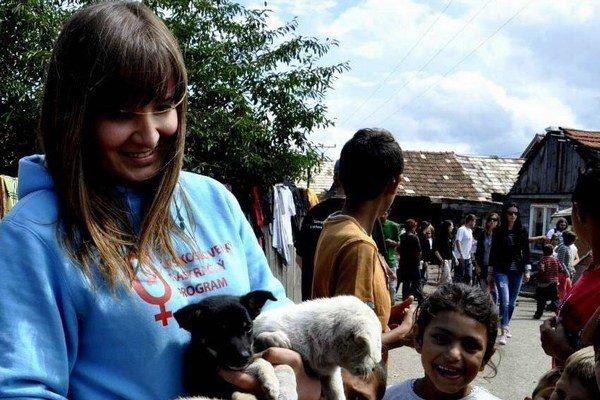 Lenka Zolnierčíková. Pomáha týraným zvieratkám začať znova.