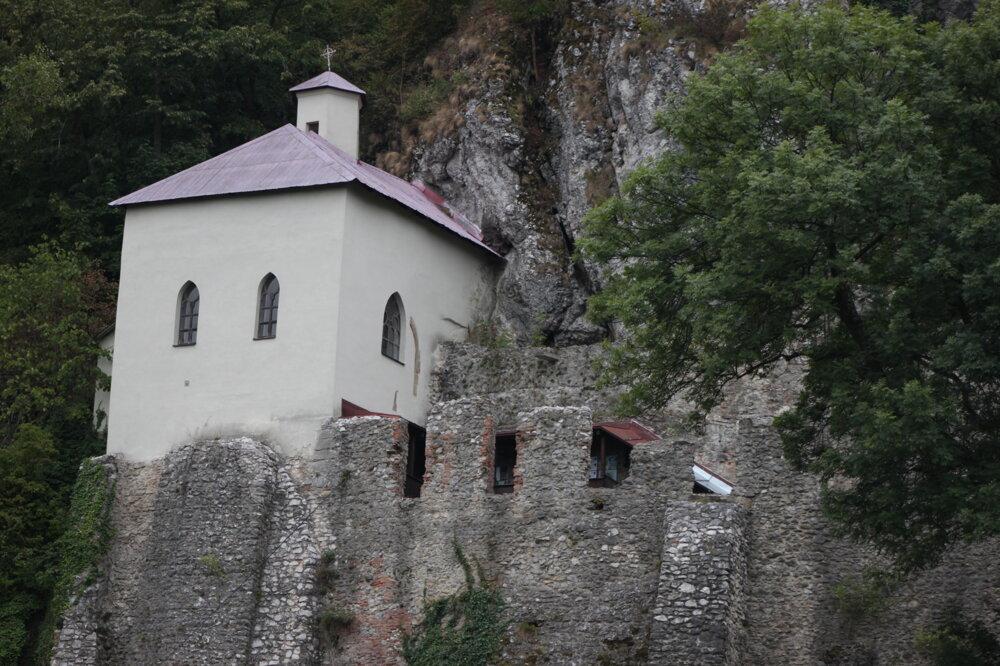 Skalka nad Váhom pri Trenčíne