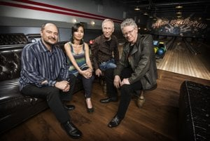 Kronos Quartet dnes tvoria: John Sherba, Sunny Yang, Hank Dutt a David Harrington