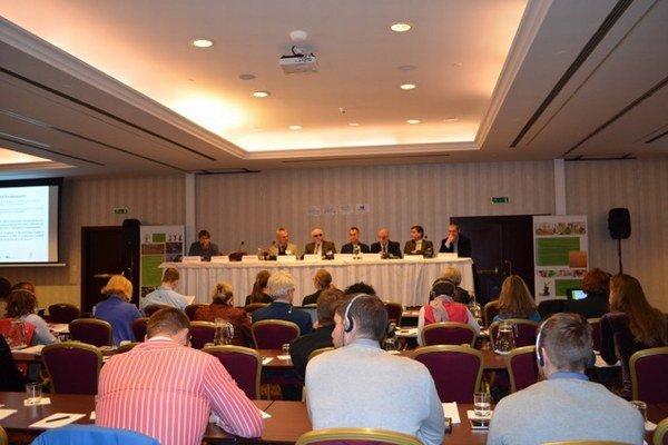 Na konferencii sa zúčastnili odborníci z jedenástich krajín.
