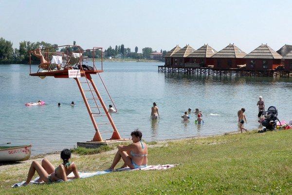 Letný oddych na jazerách má byť bezpečnejší.