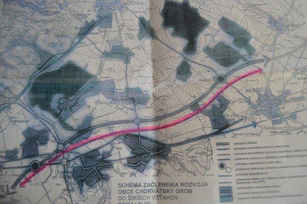 Železničný koridor mal viesť popri diaľnici.