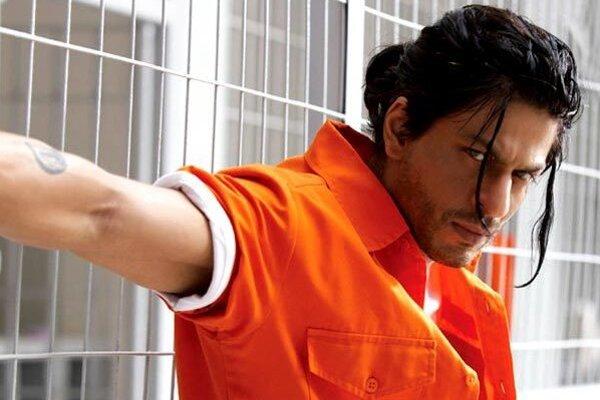 Shah Rukh Khana vo filme Don. Tam po ňom pátrala celá krajina.