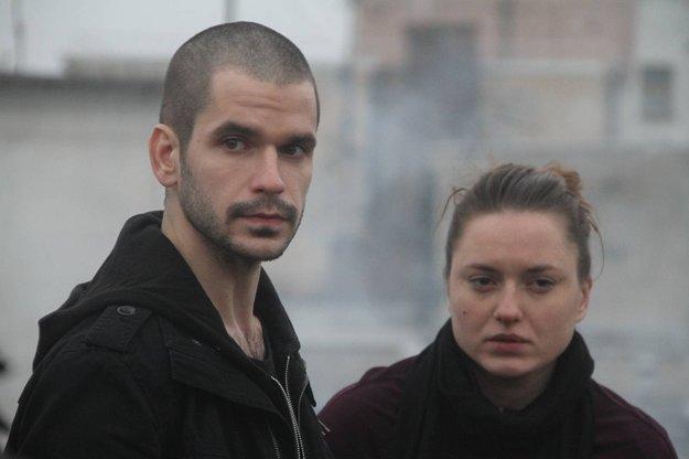 Noël Czuczor a Rebeka Poláková, hlavné postavy filmu Čistič.
