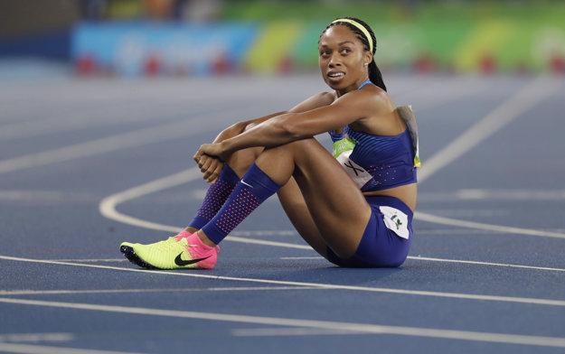 Allyson Felixová dala do finále všetko. Zabehla svoj najlepší roka, bola najrýchlejšia na dráhe, ale nestačilo to.