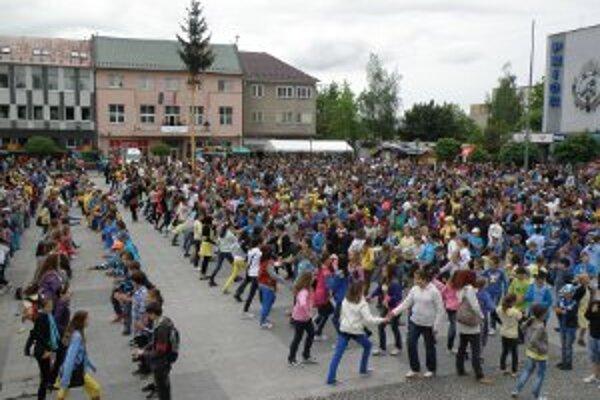Centrum Prievidze patrilo tancujúcim.