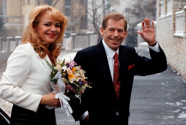 Svadobná fotografia. Za prezidenta sa vydala v januári 1997.