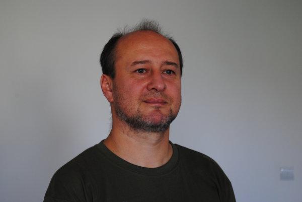 Albert Hrubovčák. Už vyše dve desaťročia je prvým pozaunistom avedúcim skupiny vSlovenskej filharmónii.