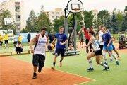 Zábery z finálového turnaja Streetball proti rakovine.