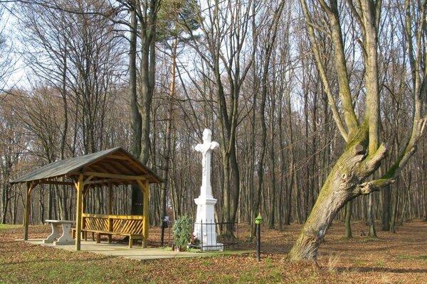 Miesto stretnutí pri Kendickom kríži.