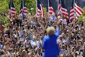 Hillary Clintonová máva svojim fanúšikom.