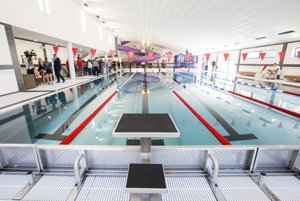 Petržalská plaváreň - plavecký 25-metrový bazén