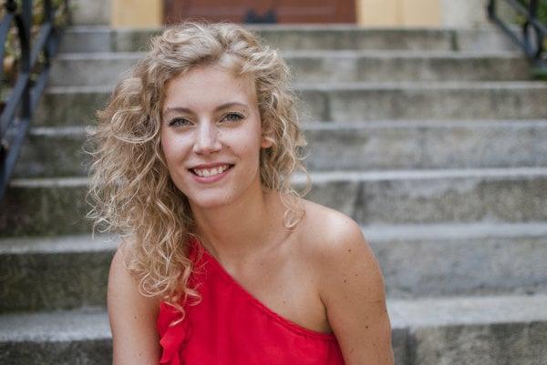 Andrea Sabová je už herečkou Divadla Andreja Bagara.