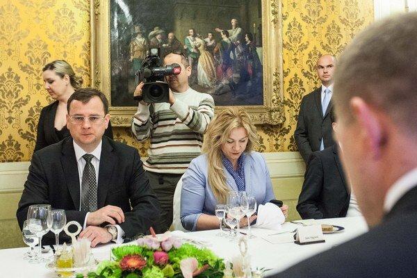 Začiatkom júna 2013 bol Petr Nečas na návšteve Slovenska aj so Janou Nagyovou. Vtedy ešte len málokto tušil, že už čoskoro o post premiéra príde.