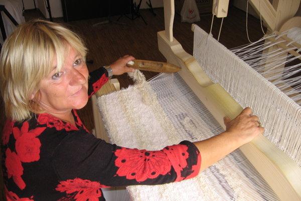 V dennom stacionári pre seniorov našla pani Terézia Bičanová svoju novú záľubu.