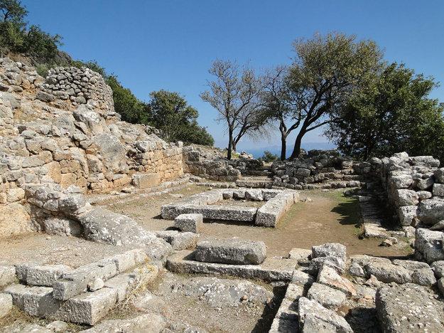 Ruiny Lato, Agios Nikolaos.