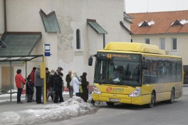 Niektoré autobusy počas mrazov nie sú dostatočne vykúrené.