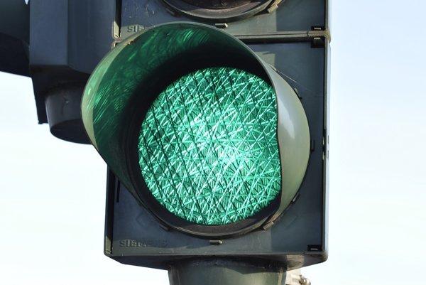 Výstavbu  zdržali nové požiadavky na dopravné riešenie križovatky, hovorí developer. ILUSTRAČNÉ FOTO