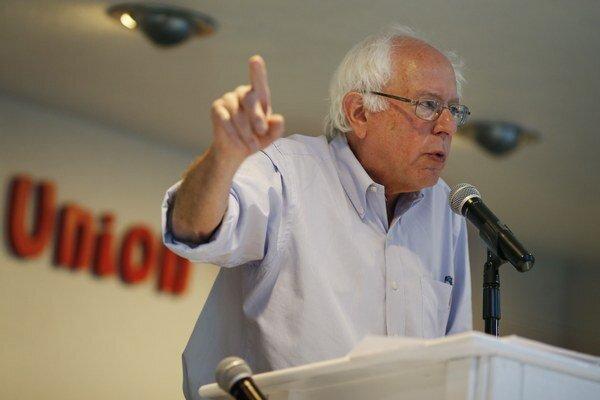Sanders zrejme nezíska toľko sponzorov ako Clintonová, ale sľubuje skutočnú kampaň.