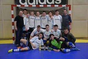 00eaf10861 Víťazom sa stali futbaloví dorastenci z Prašíc.