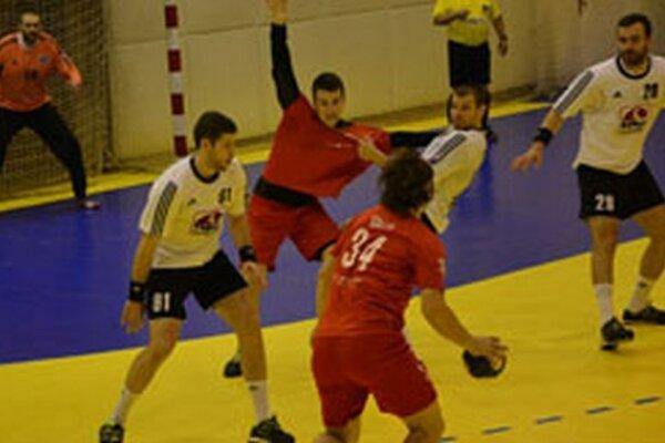 Hádzanári Topoľčian doma vyhrali o tri góly.