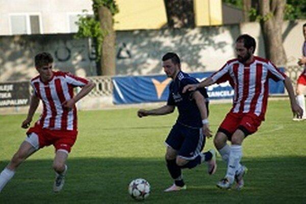 Tovarníky doma jasne vyhrali, hostia si odviezli až štyri góly.
