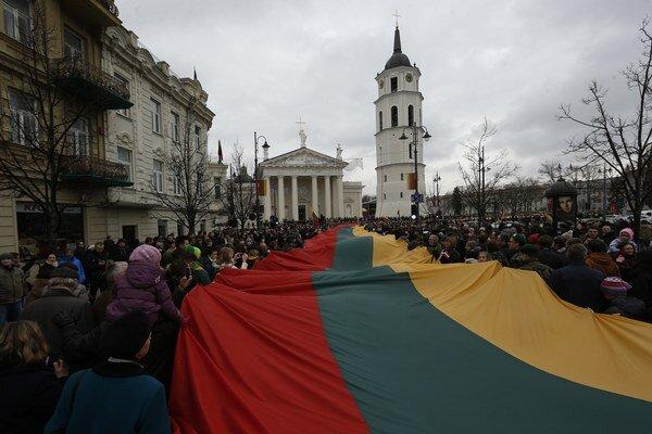 Litva má s Ruskom dlhodobo napäté vzťahy ešte od vyhlásenia nezávislosti od rozpadávajúceho sa Sovietskeho zväzu začiatkom 90. rokov.