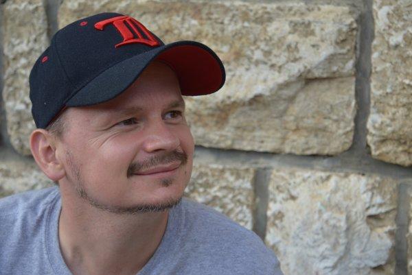 Peter Gomolák je šéfom komunitného centra ETP Slovensko v Starej Ľubovni-Podsadku.