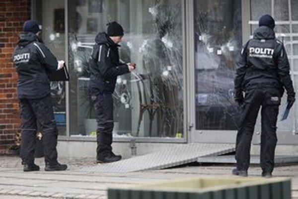 Pri útokoch v Kodani zahynuli dvaja ľudia.