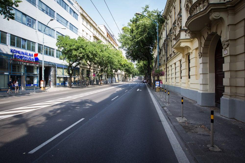 Ulice Bratislavy počas summitu EÚ.