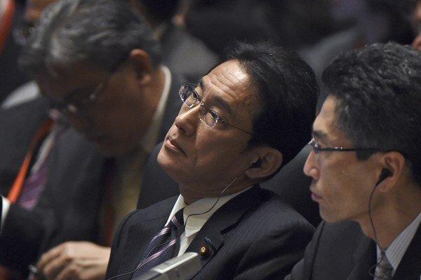 Japonský minister zahraničných vecí Fumio Kišida v čínskom Pekingu.