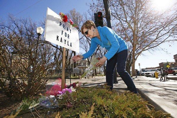 Prescott si pripomína smrť Kayly, ktorá zomrela v zajati Islamského štátu.