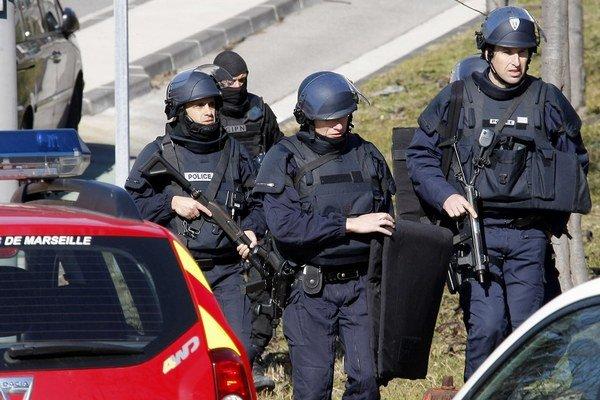 Polícia zasahuje v Marseille.