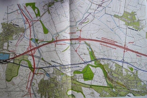 Pôvodný projekt mal na diaľnicu napájať regionálne cesty.