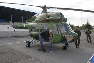 Návštevníci si mohli pozrieť vrtuľník MI2.