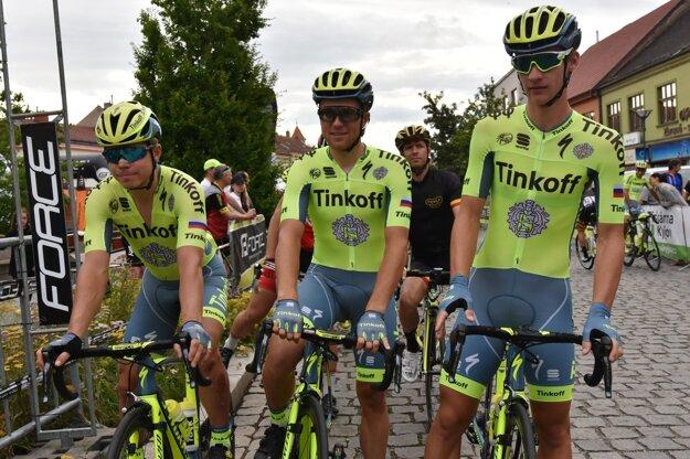 Okrem Petra Sagana by mali ísť na MS aj ďalší traja jazdci Tinkoffu - zľava Juraj Sagan, Michael Kolář a Erik Baška.