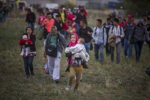 Utečenci na rakúsko-maďarskej hranici v Nickelsdorfe.