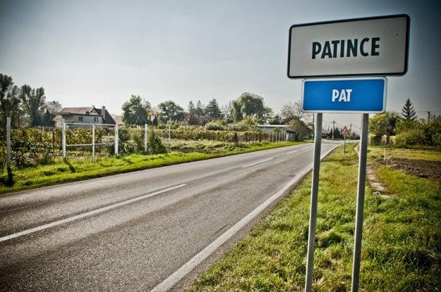 Patince sú najjužnejšia obec na Slovensku.