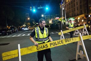 Pri streľbe v kostole v Charlestone zahynulo deväť ľudí.