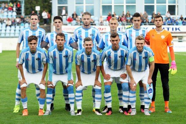 Na mladých futbalistov FC Nitra sa prišlo v stredu pozrieť 4600 divákov!