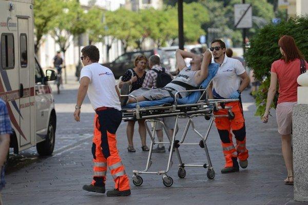 V horúčavách majú záchranári viac práce pri kolapsoch.