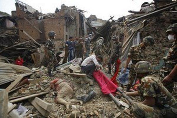 Káthmandu po zemetrasení.