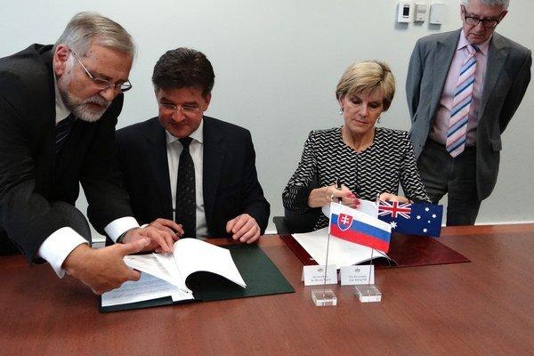 Podpredseda vlády a minister zahraničných vecí a európskych záležitostí Slovenskej republiky Miroslav Lajčák a austrálska ministerka zahraničných vecí Julie Bishopová.